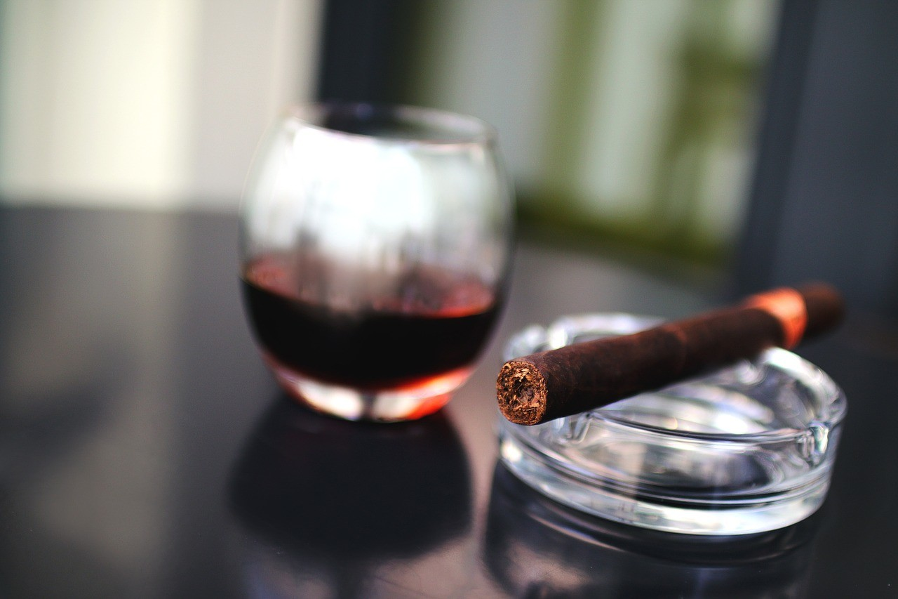 Szivar brandyvel