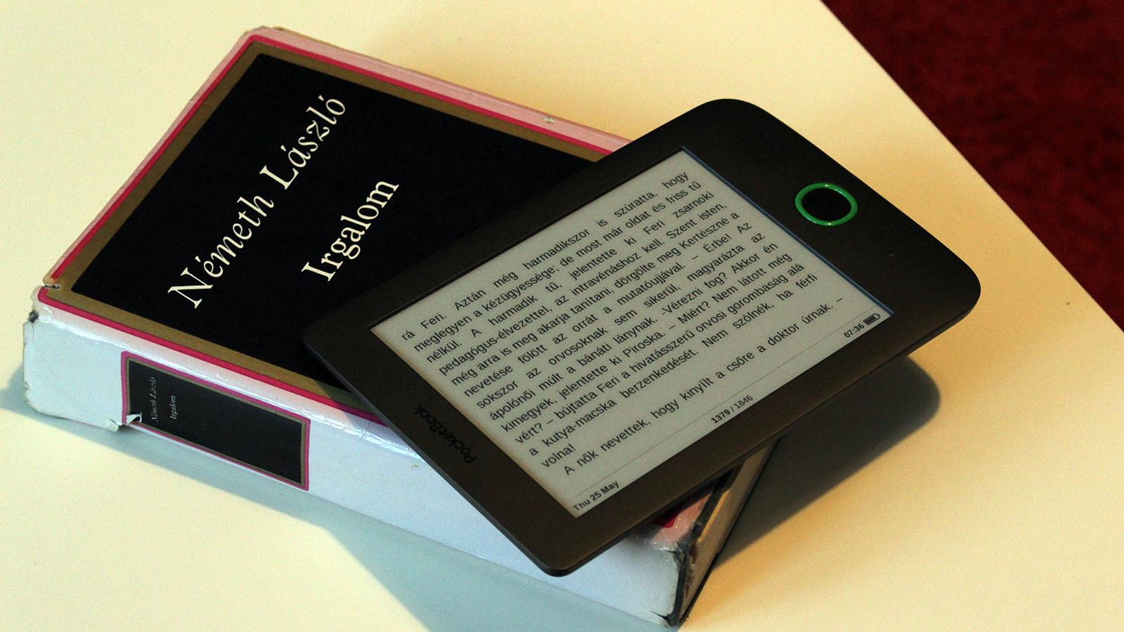 PocketBook Basic 2 eBook olvaso Most, hogy már majdnem két hónapot eltöltöttünk a PocketBook sokak által emlegetett, megfizethető eBook olvasójával, összefoglalunk!