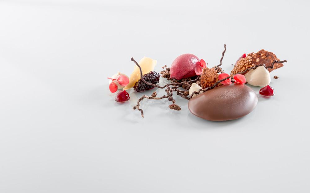 Csokoládétexturák, meggy, sake