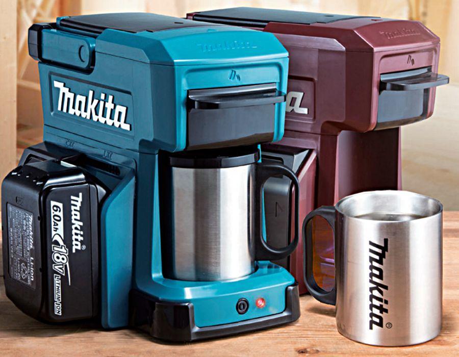 Makita CM501DZ Makita CM501DZ hordozható kávéfőző kell mindenkinek, aki a koffeindózisról semmilyen körülmények között nem akar lemondani. A japán Makita márka a professzionális szerszámhasználók körében etalon kategóriát képvisel.