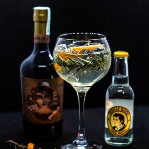 Madame Rosetti gin tonic koktél