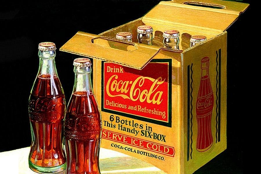 Coca Cola klasszikus Coca-Cola kávé jéggel és buborékkal no meg vanília ízesítéssel bolondítva jól megzavarja az ízvilágot.