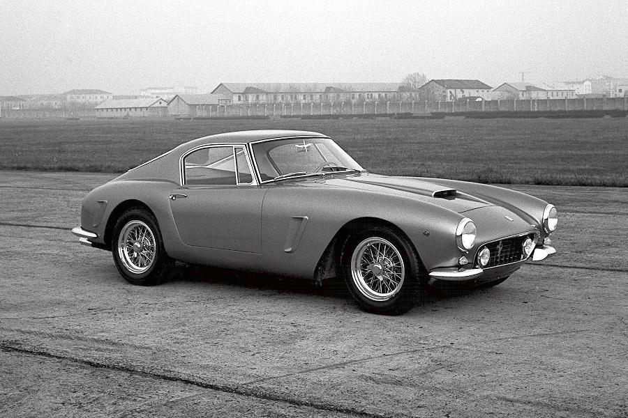 Ferrari 250 Berlinetta Pininfarina Koncepció autók – magyarul kissé esetlenül hangzik, mert hazai autógyártásunk nincsen és a buszgyártás sem egy vivőágazat.