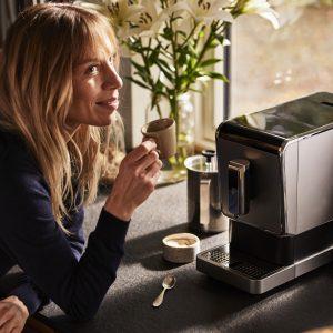 Tchibo kave 3 Reggeli kávénkat kortyolgatva csak ritkán gondolunk bele, mi is a kávé útja, mennyi munka szükséges hozzá, míg a csészénkbe kerül.