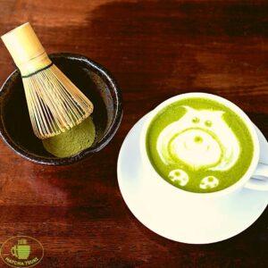 """Matcha Tsuki tea 8 Latte, limonádé, fagyi, sajttorta – klasszikus finomságok, amiket már """"matchásítva"""" is megkóstolhatunk a főváros két pontján."""