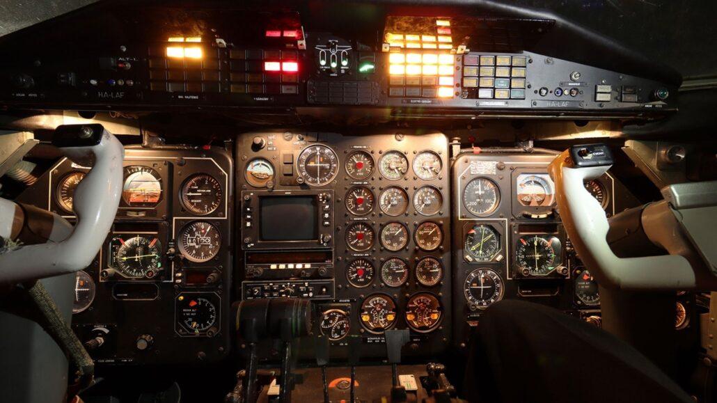 Aeropark pilotafulke Az este, amikor múlt, jelen és jövő találkozik a ferihegyi repülőmúzeumban, az Aeropark éjszakáján.