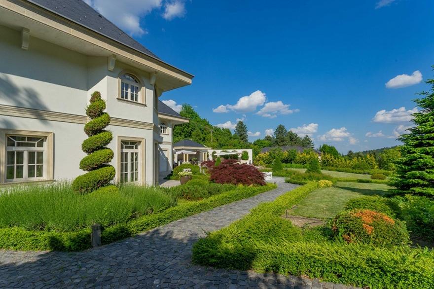 Magyarorszagon a legdragabb haz kertje Ház vásárláshoz néha jól jön egy lottó ötös. Legutóbb a 31. játékhéten volt telitalálat az ötöslottón Magyarországon.