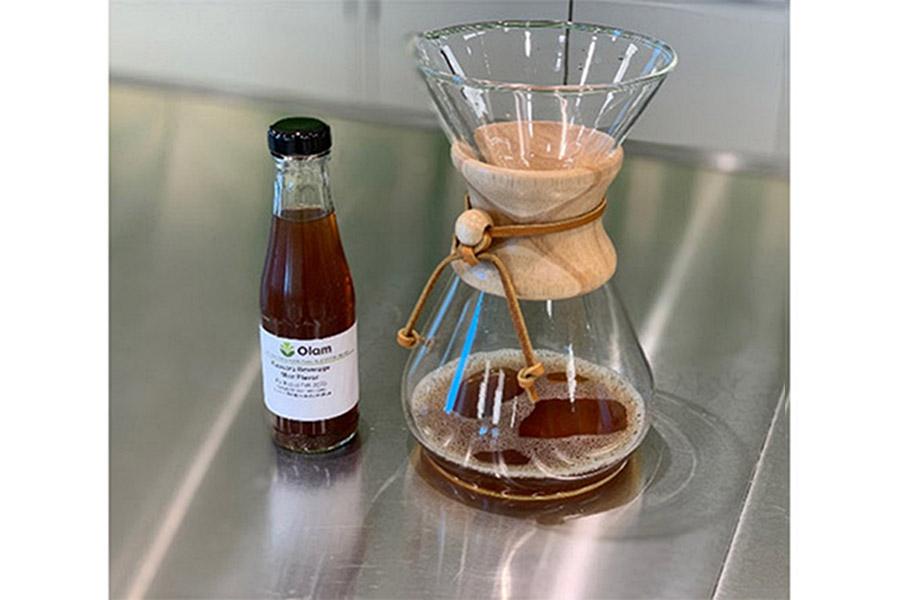 OLAM cascara szirup es szaritmanybol tea Stagnáló kávéfogyasztás miatt a Cascara szupergyümölcs lesz a kávétermesztés mellékes aranya a kistermelők örömére.